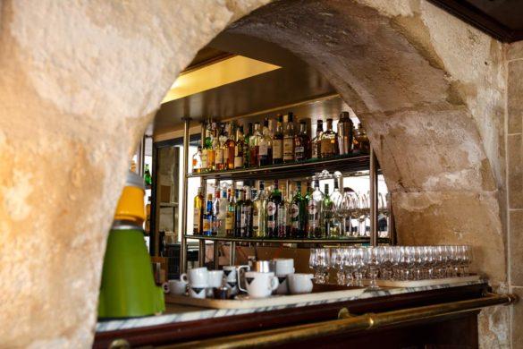 Le bar du restaurant le Quai