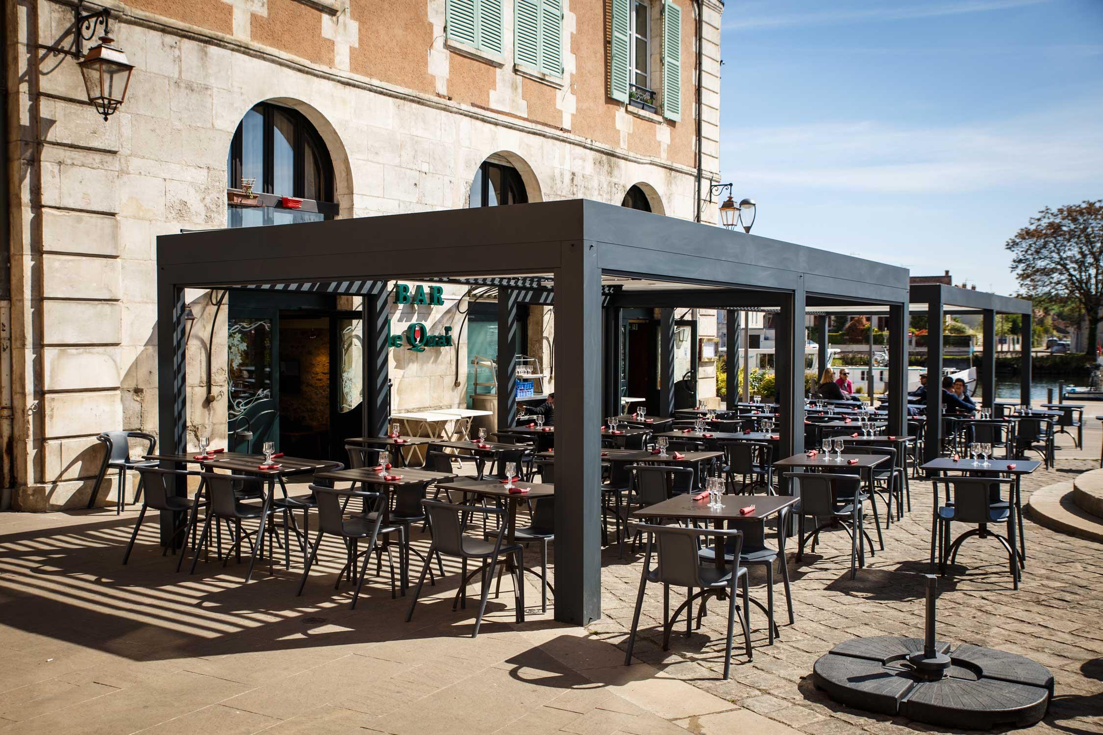 Terrasse du Quai - Place Saint-Nicolas Auxerre